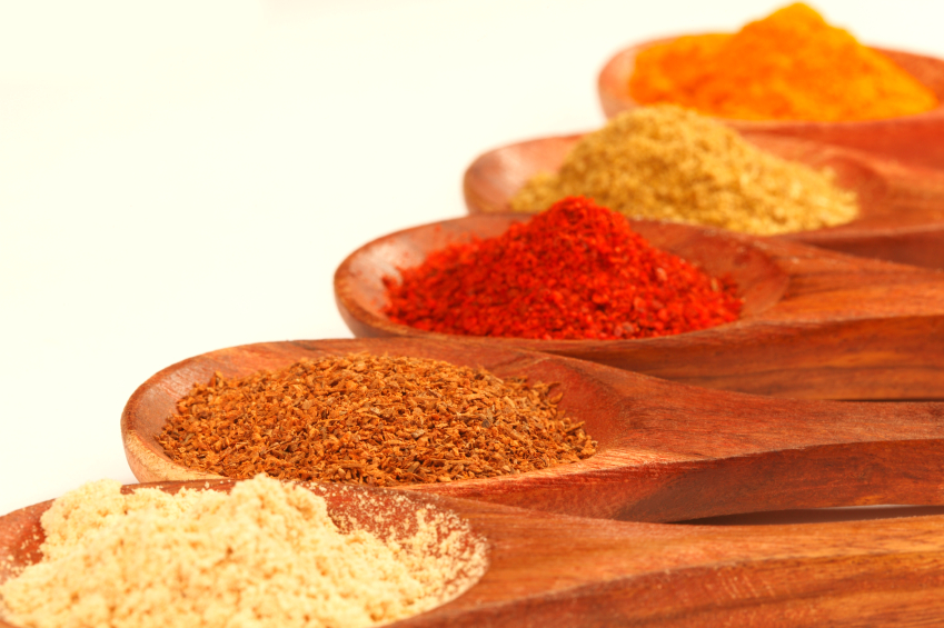 iStock_spicesonspoon