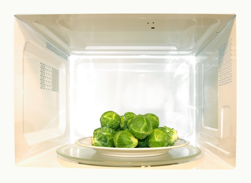 Does Microwaving Food Make It Less Healthy