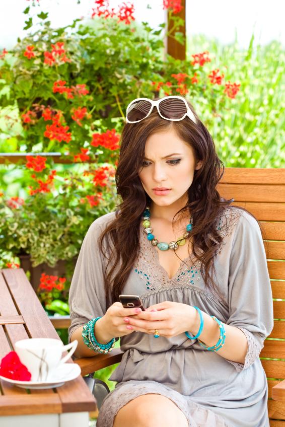 Untangled: Lizzie Post's Tech Ettiquette Basics