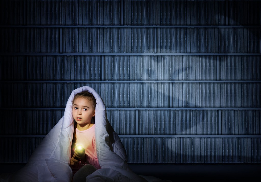 girl scared at night