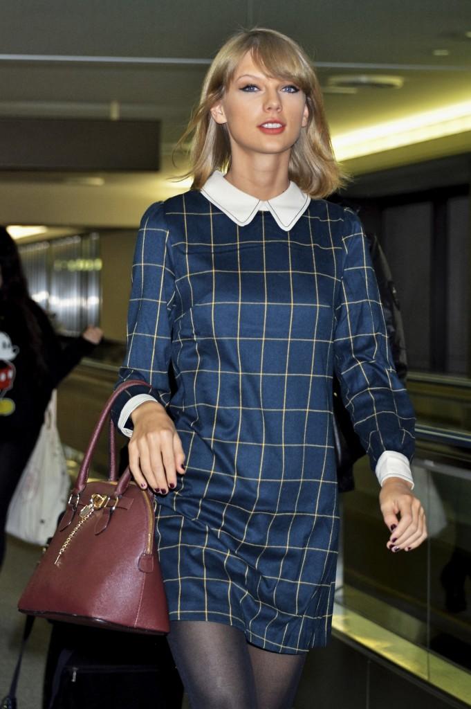 Taylor Swift arrives at Narita International Airport