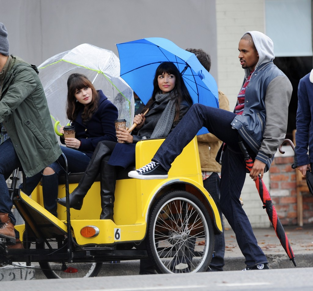 Zooey Deschanel filming a new episode of 'New Girl'