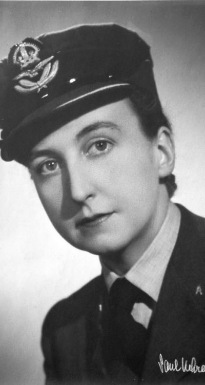 Happy b-day to Pearl Witherington, leader of the British SOE during WWII, a network of elite spies and saboteurs.